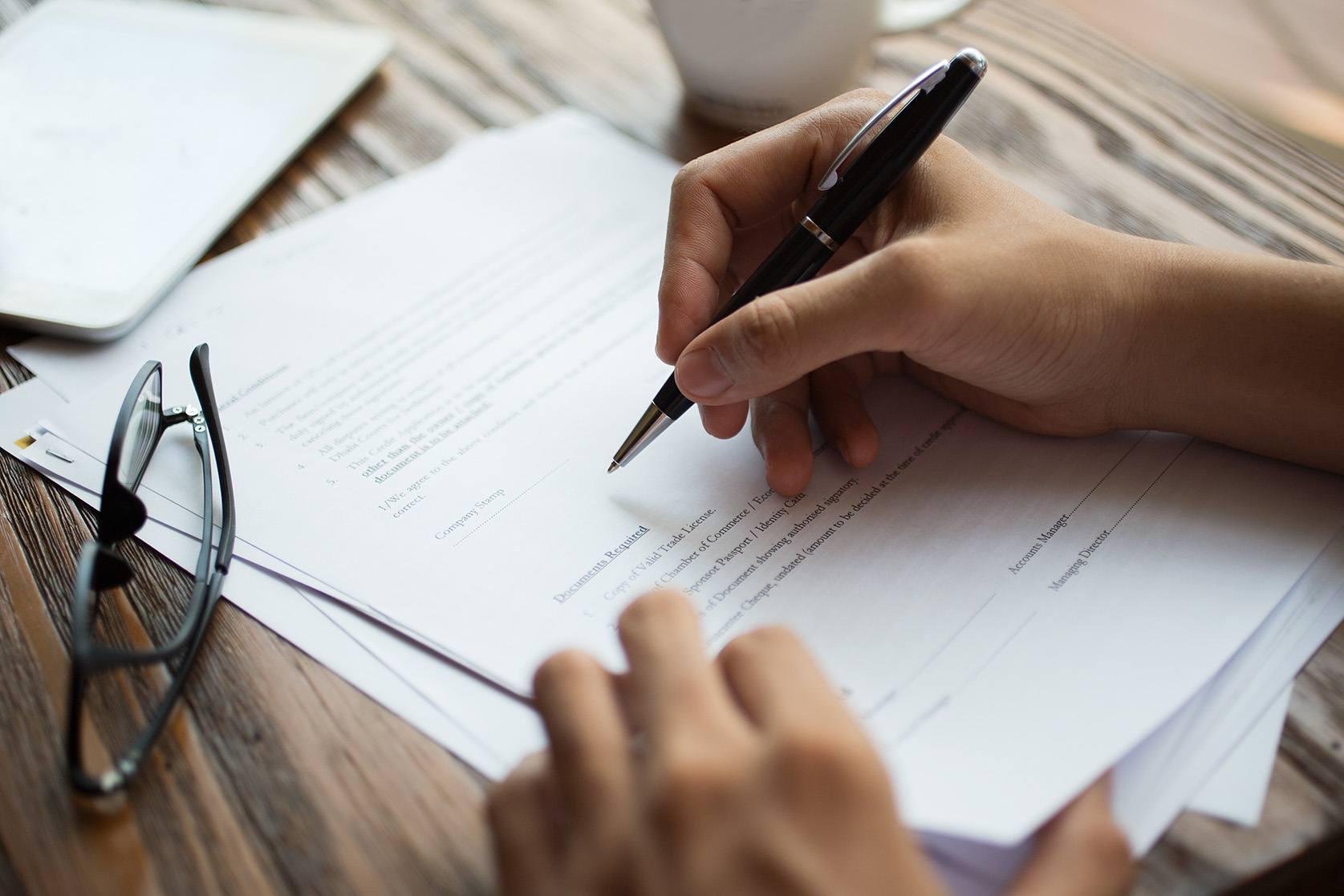 ¿Qué documentos debería estar siempre a su oficina y por qué?  |  Sabio ...