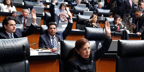 senadores chilenos