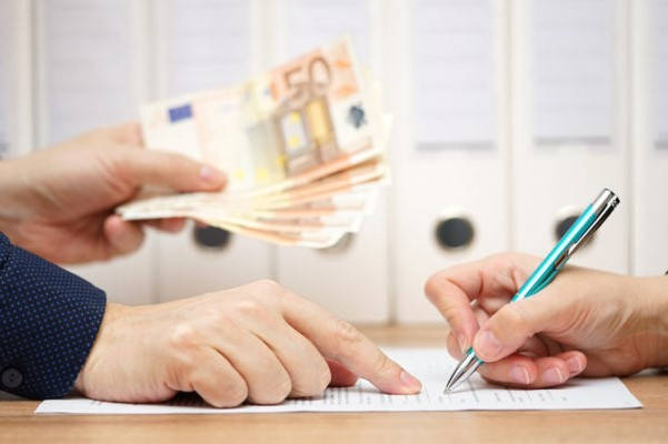 Requisitos para solicitar un crédito en efectivo por el crédito de miembro Famsa