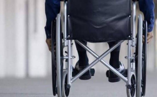 Certificado de discapacidad de silla de ruedas de Panamá